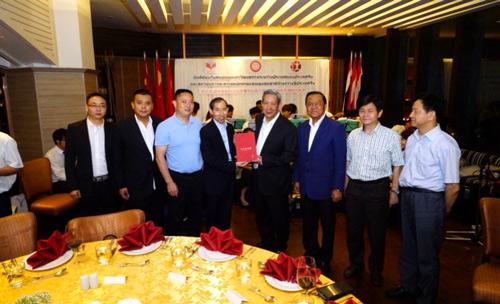 香木海黑茶在2016年中泰文化交流会上作为国礼赠送给泰国总理