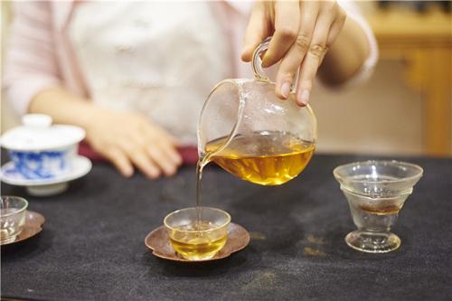为什么说每一杯安化黑茶都来之不易